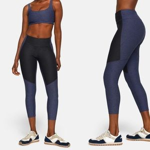 Outdoor Voices Warmup Two Tone Leggings small